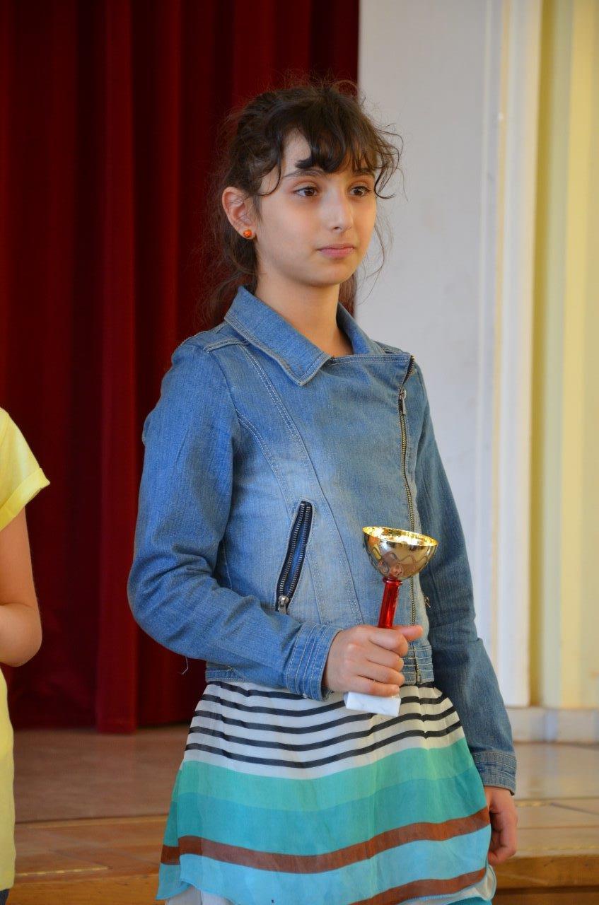 WK Girls Siegerin Klasse 3.jpg